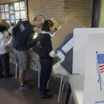 EEUU: Anuncio del FBI sobre correos no altera la votación anticipada