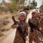 Mosul: Estado Islámico obliga a familias entregar niños para la guerra