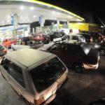 """Uruguay: 90% de estaciones de servicio apoyan """"huelga patronal"""" de 48 horas"""