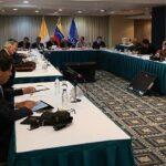 Gobierno y oposición venezolanos reanudan discusiones en mesas de diálogo