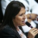 Yeni Vilcatoma: Me arrepiento de haber creído en Keiko Fujimori