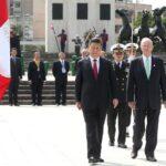 Presidente de Perú y China colocaron ofrenda floral ante Próceres de la Independencia (VIDEO)
