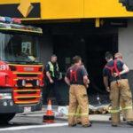 Australia: Hombre se prende fuego en un banco y deja 26 heridos