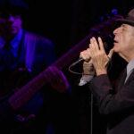 Leonard Cohen: Centenares de admiradores le rinden homenaje en Montreal