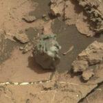 NASA: Robot Curiosity encuentra un extraño meteorito metálico en Marte