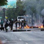 Chile: Con autobuses quemados y barricadas empieza paro por AFP