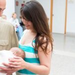 Italia: Atribución automática del apellido paterno a hijos es ilegítima
