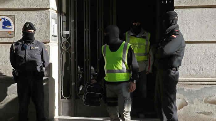 Kosovo arresta a 19 presuntos militantes del Estado Islámico