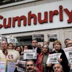 Prisión preventiva para ocho periodistas y el director de diario turco