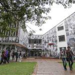 Colombia : 6 universidades ofrecen reeducar a exguerrilleros de las FARC