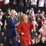 Pequeño pueblo de EEUU vota a medianoche y corona a Clinton como presidenta