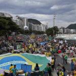 Brasil: Hartos de la corrupción decenas de miles protestan en 200 ciudades