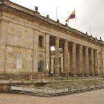 Gobierno presenta al Senado proyecto de ley de amnistía para las FARC