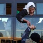 Siria: Reanudan la evacuación de las personas asediadas en Alepo (VIDEO)