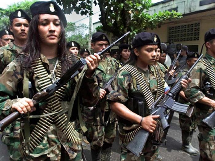 FARC-MU7JERESNNN