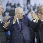 "Expresidente Mario Soares sigue ingresado en situación ""crítica"""