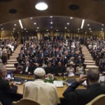 Papa convocó a 70 alcaldes europeos para hablar de migración y refugiados