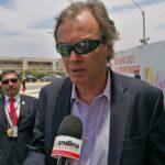 Ministro del Interior: Policía colaborará con la justicia 'caiga quien caiga'