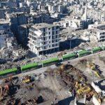 Autobuses con evacuados salen de zona asediada de Alepo tras retraso