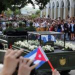 Cuba: Caravana con cenizas de Fidel reinicia marcha hacia Santiago (VIDEO)