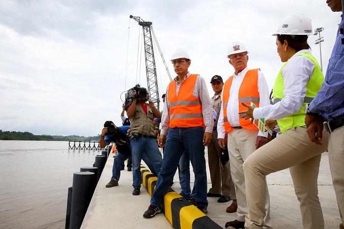 Presidente inaugura el nuevo terminal portuario de Yurimaguas.