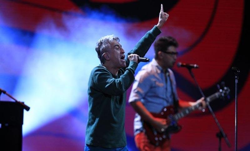 28 de Febrero de 2013/VIÑA DEL MAR Jorge Gonzalez , durante la cuarta noche del Festival de la Cancion de Viña 2013 FOTO:MARIO DAVILA H/AGENCIAUNO