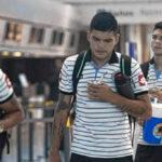 YouTube: Jugadores del Belgrano se bajan de avión por fallo eléctrico