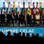 Cumbre Celac inauguró con minuto de silencio en memoria del comandante Fidel Castro
