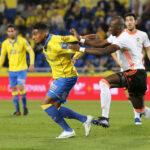 Liga Santander: Las Palmas culmina la 20ª fecha ganando 3-0 al Valencia