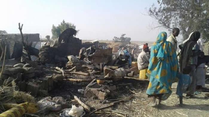 Avión de ejército de Nigeria ataca por error campamento de refugiados — AMPLIACION