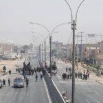 Panamericana Norte cerrada en ambos sentidos por protestas (VIDEOS)
