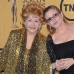 Carrie Fisher y su madre Debbie Reynolds serán sepultadas este jueves