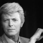 Reino Unido emite sellos postales en honor de músico David Bowie