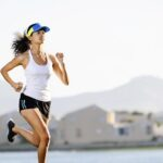 Mujeres que no hacen deporte tienen 71% más de riesgo de cáncer de mama