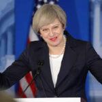 "Premier inglesa Theresa May pide a Trump tener""cuidado"" con Putin (VIDEO)"