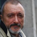 Arturo Pérez Reverte gana el Premio Don Quijote de Periodismo