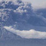 Gobierno peruano declara emergencia a 17 municipios por volcán Sabancaya