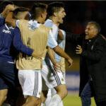 Copa Libertadores: Atlético Tucumán jugó con camisetas prestadas y ganó