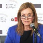 Ministra Martens niega recorte en horario de clases de religión