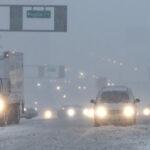 EEUU: Suspenden miles de vuelos y cierran escuelas por borrascas y nevadas