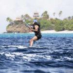EEUU: Barack Obama después de ocho años de prohibición volvió a surfear