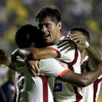 Universitario vence con solvencia a Capiatá 3-1 en la Copa Libertadores