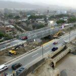 Instalación de puente Bailey permite tránsito vehicular en la Ramiro Prialé