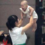 China estudia dar incentivos financieros a parejas que tengan segundo hijo