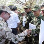 Colombia y las FARC proclaman fin a 52 años de conflicto armado