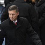 Dimite el asesor de seguridad de Trump por mentir sobre contactos con Kremlin