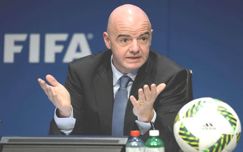 FIFA advierte a EEUU que veto migratorio podría impedir albergar un Mundial