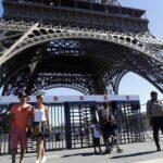 Torre Eiffel será protegida de atentados con muro de cristal antibalas