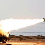 Irán efectúa amplias maniobras militares que incluyen pruebas con misiles