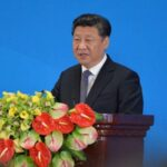 China reorganiza equipo económico antes de gran cambio de poder